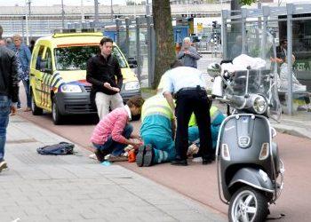 Het Parool: Snorscooter op fietspad vaak laat opgemerkt